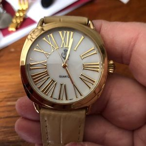 Premier Designs Ladies Watch-Excellent Con…